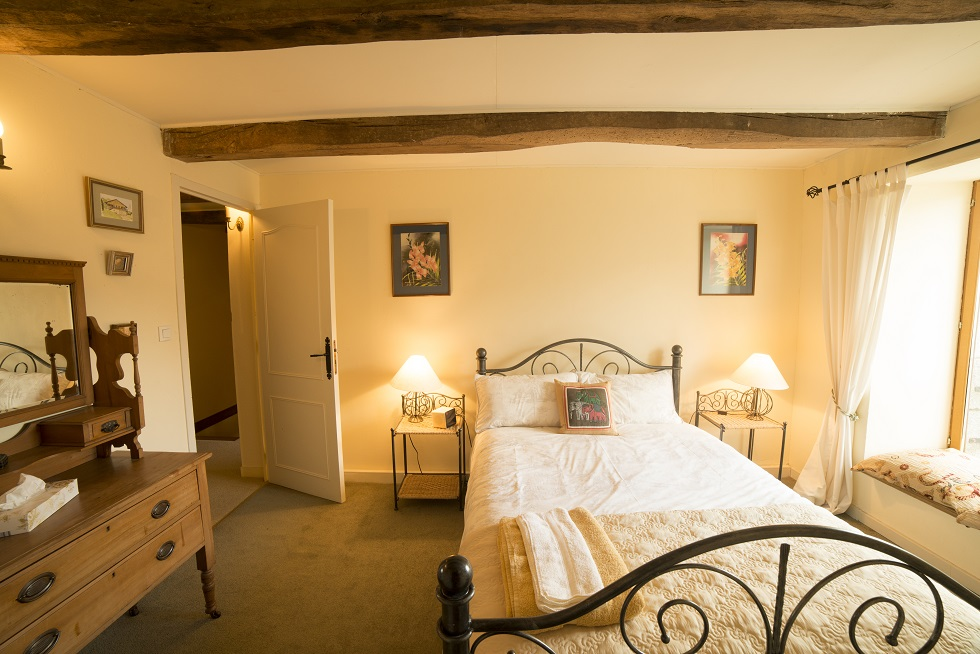 Holiday Cottage France Sleeps 8