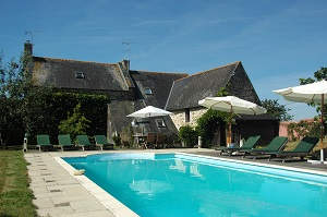 Gites Brittany Private heated swimming pool