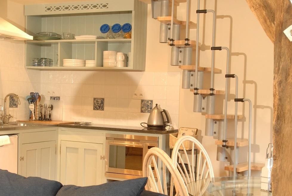Stidio gite Brittany kitchen 980