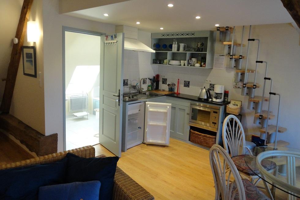 One-bedroom Studio Apartment