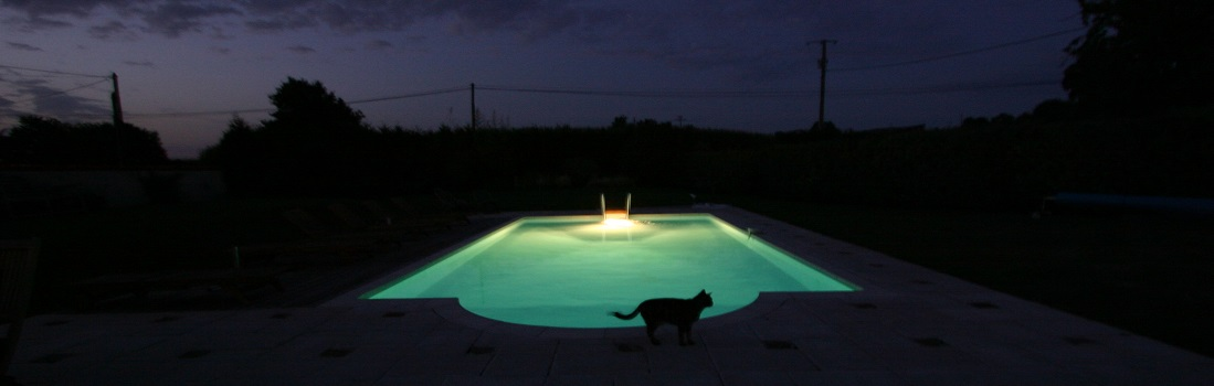 Swimming Pool Holiday Cottage Brittany