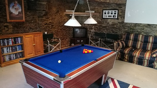 Brittany gite pool table games room